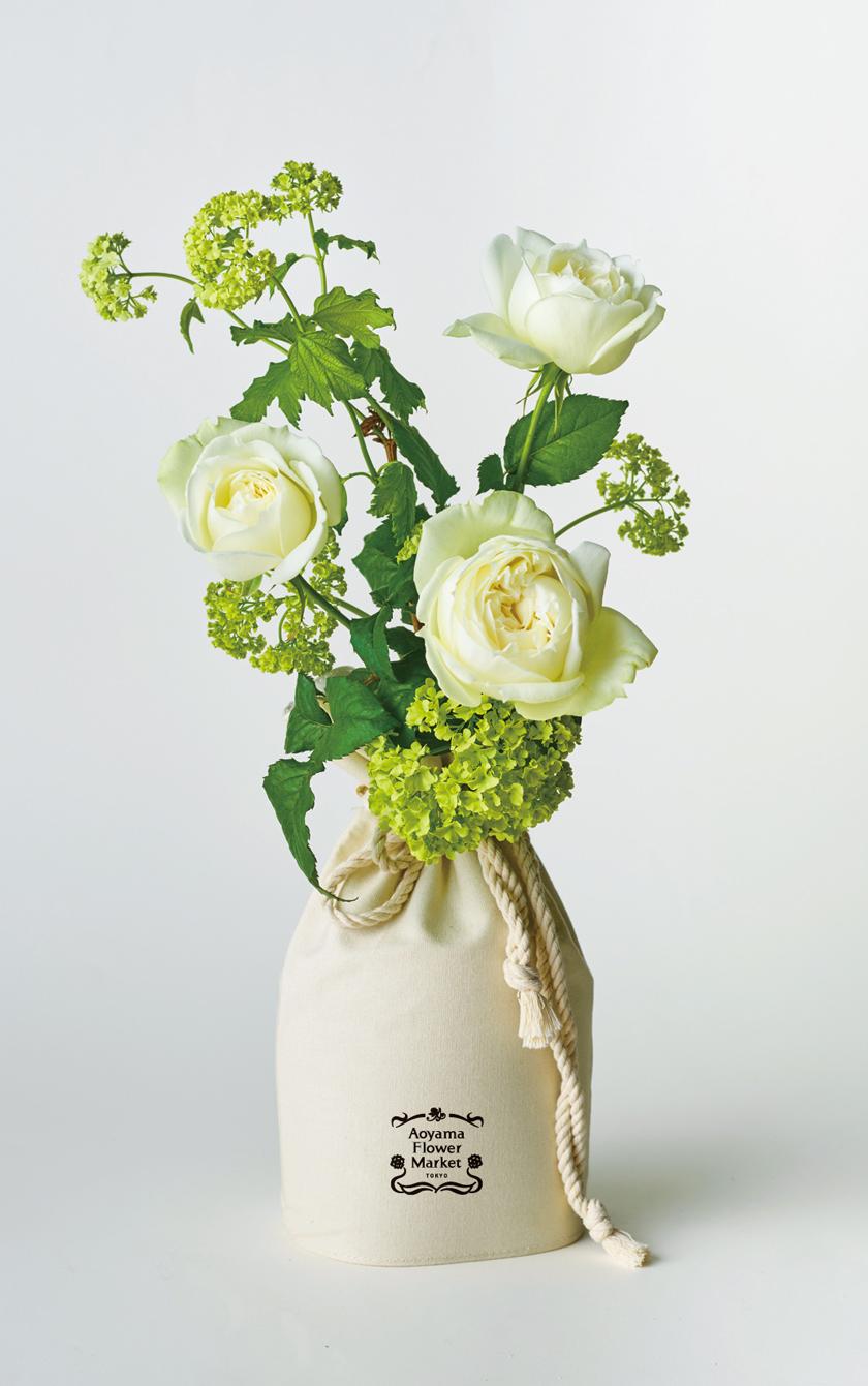 巾着の機能性を備えた花器 for 青山フラワーマーケット